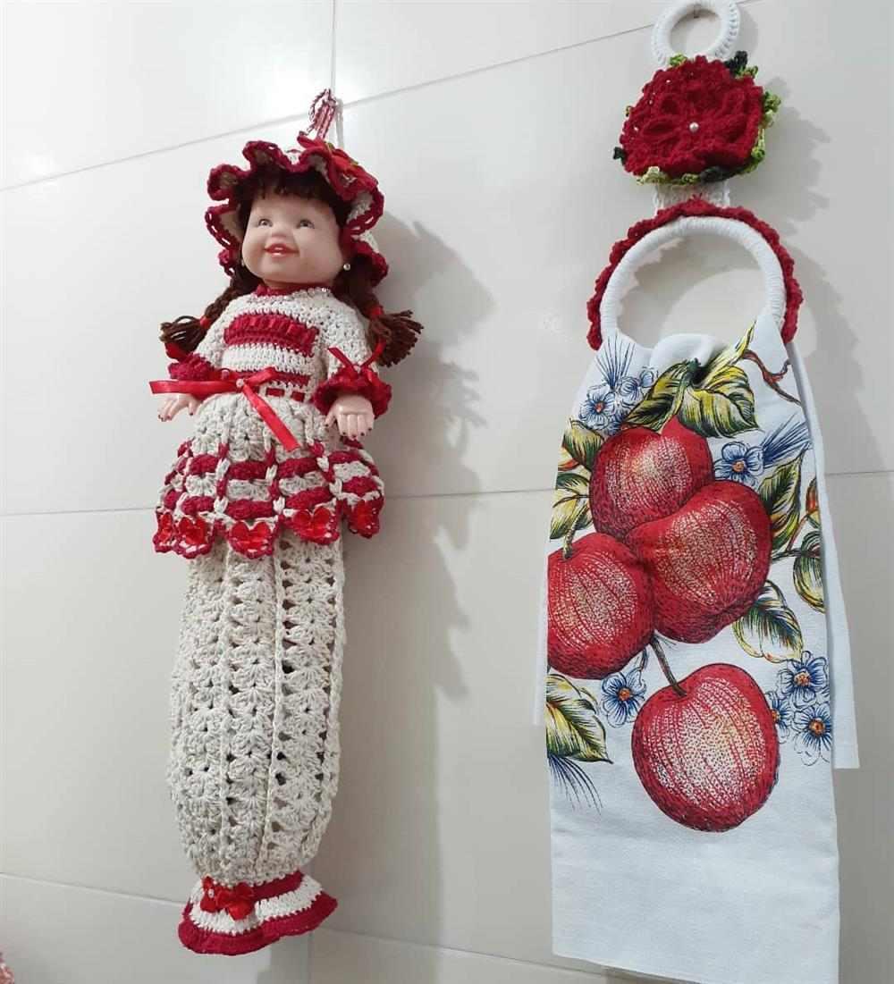 boneca com corpinho de barbante
