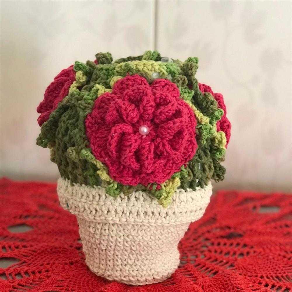 vaso de flores de croche