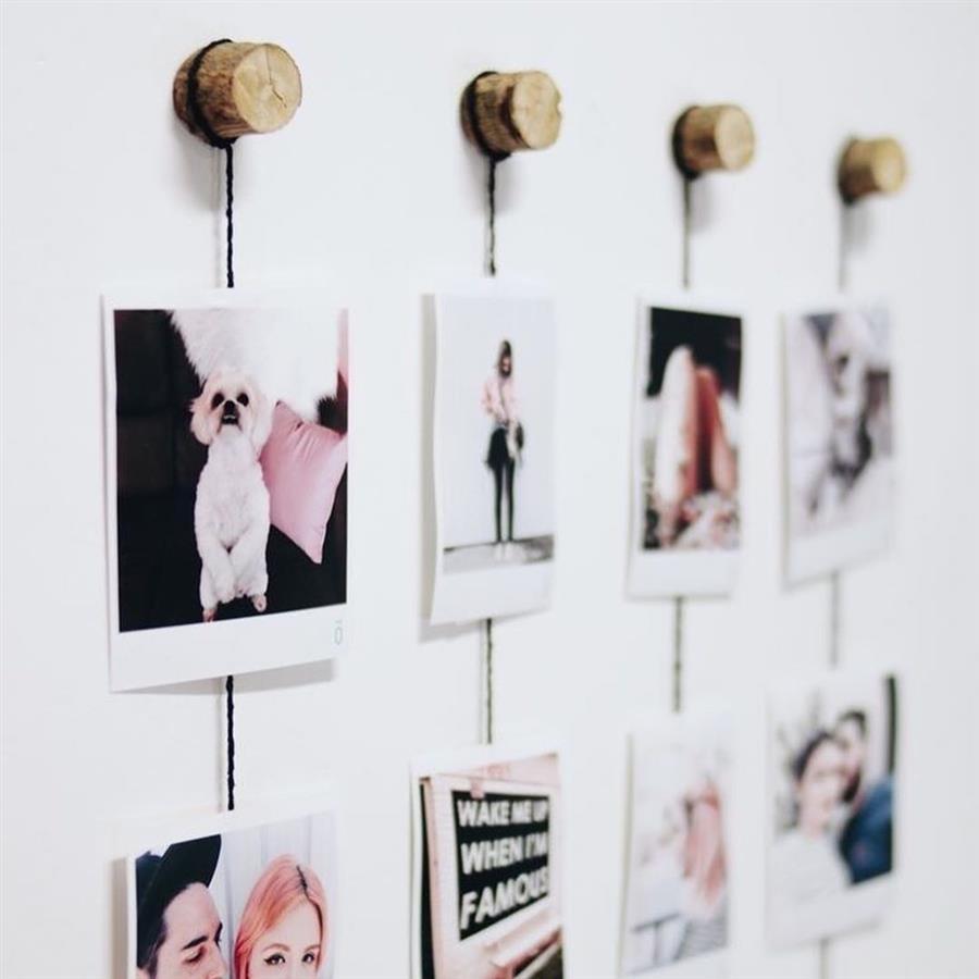 decoração com rolhas e fotos