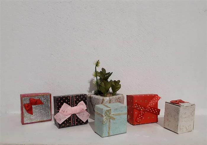 caixa para presentes de papel