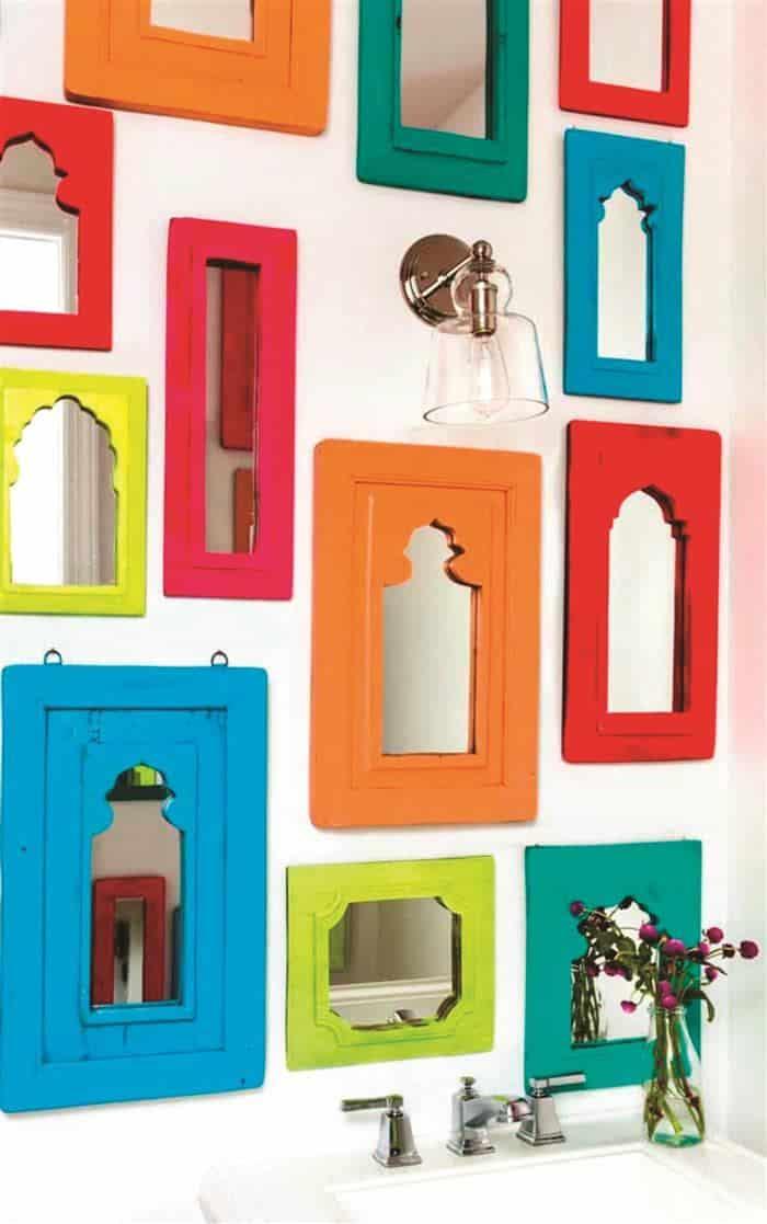 molduras com espelhos coloridas
