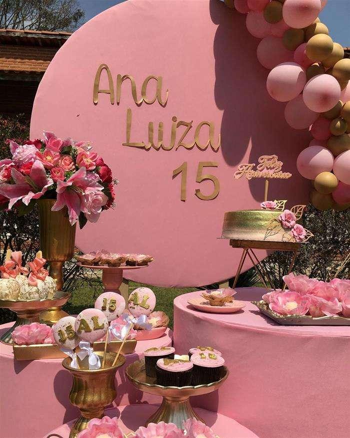 tema festa de 15 anos rosa