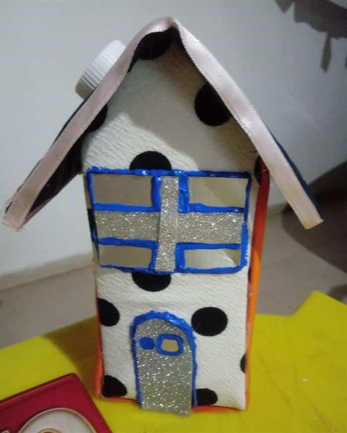caixa de leite decorada