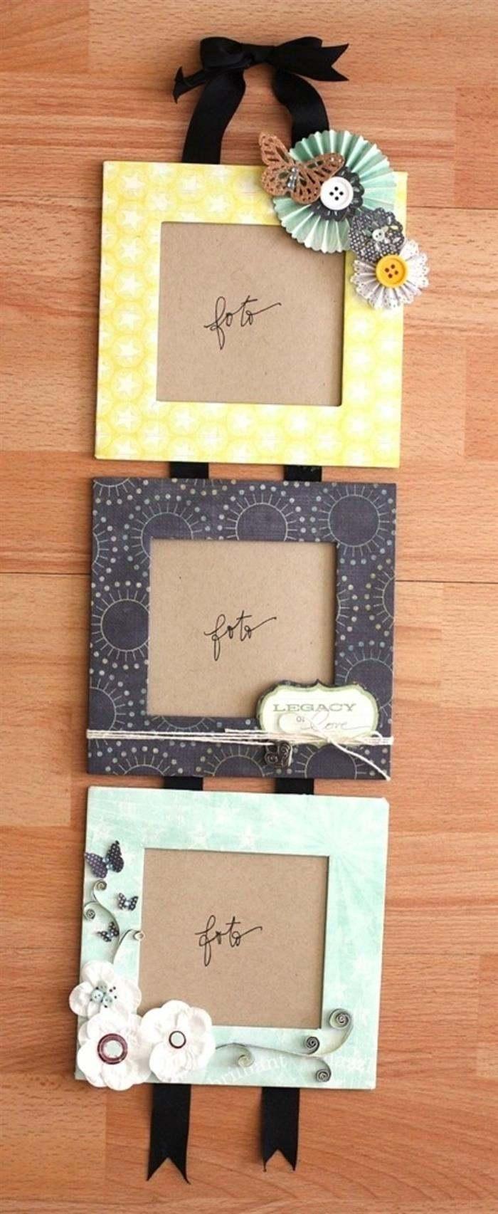 trio de quadros de papelão