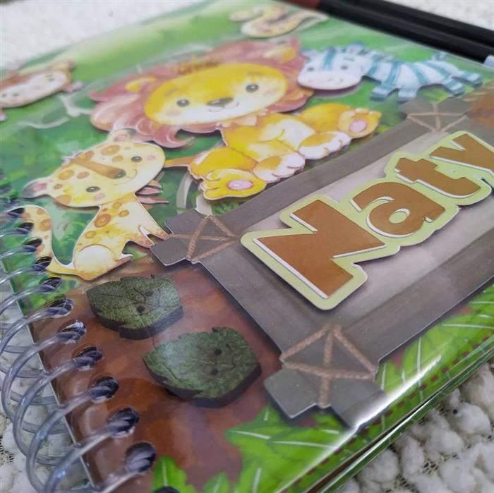 capa de caderno personalizada com nome