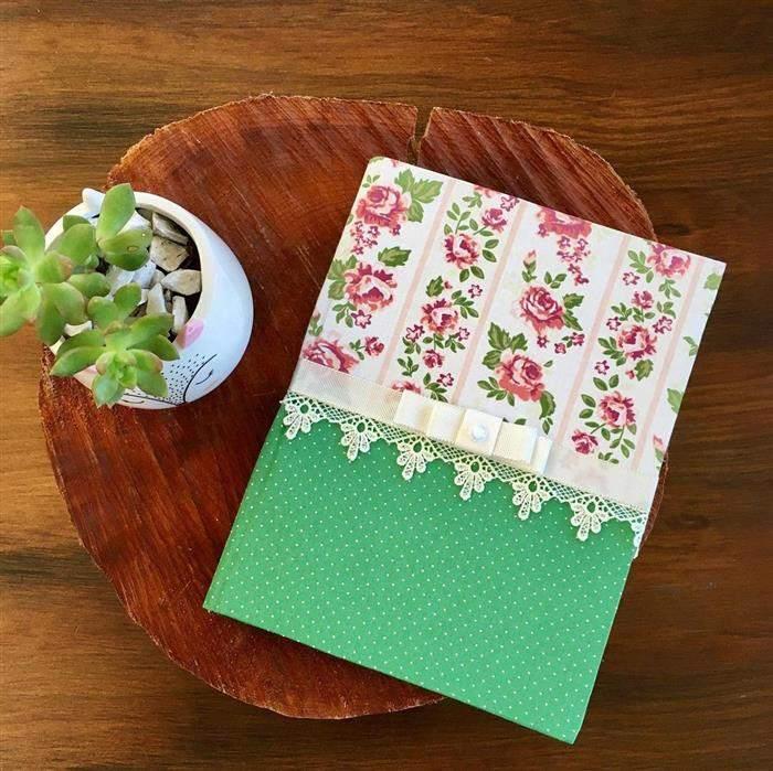 capa de caderno tecido