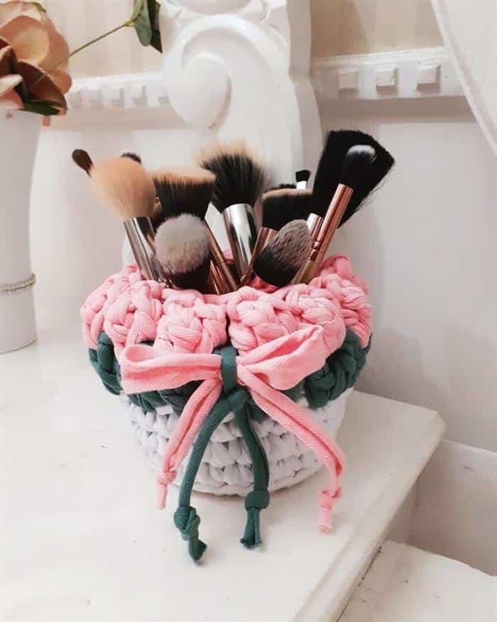You are currently viewing Cachepot de crochê: ideias incríveis para decorar e fazer