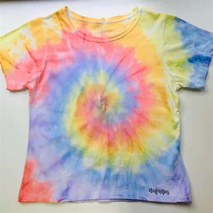Como fazer camiseta tie dye