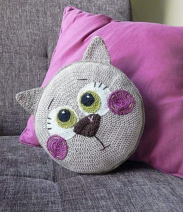 almofada de croche de gato