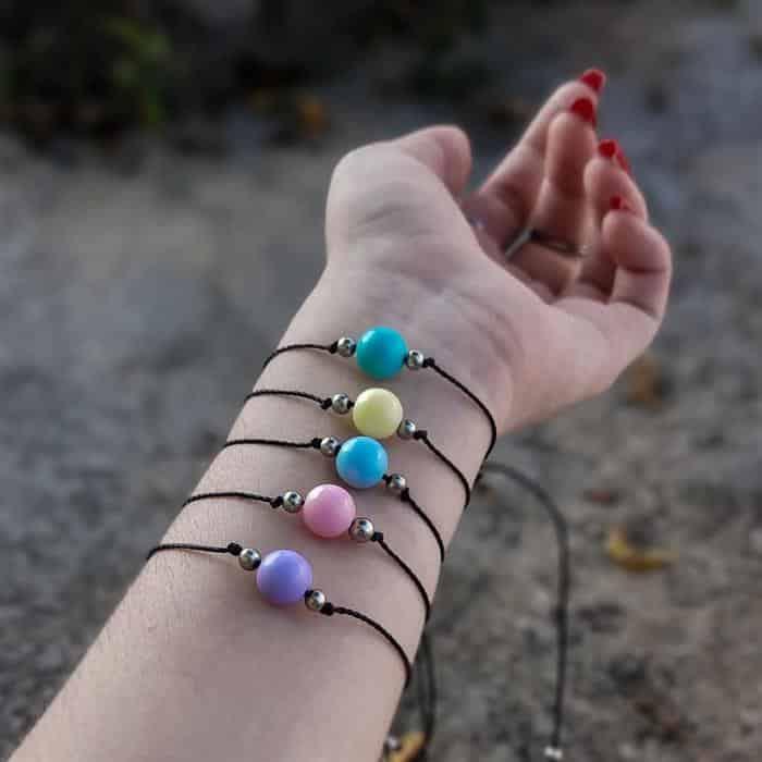pulseira de linha encerada