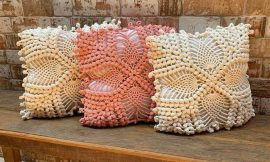 Capa de almofada de crochê: 47 Modelos lindos para decorar