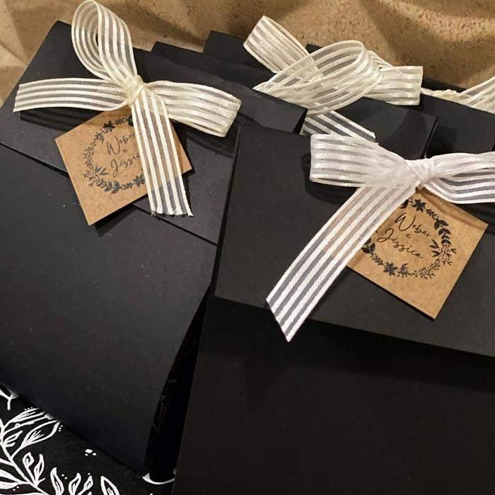 sacola decorada para casamento