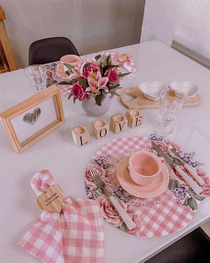café da manhã romântico para o marido
