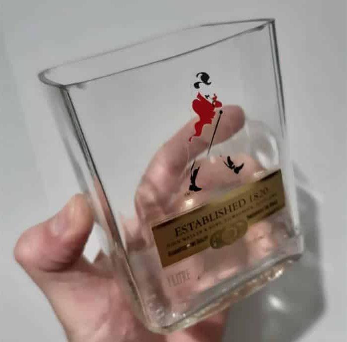 como cortar garrafa de vidro quadrada
