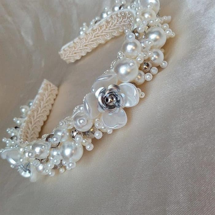 tiara de perola de luxo