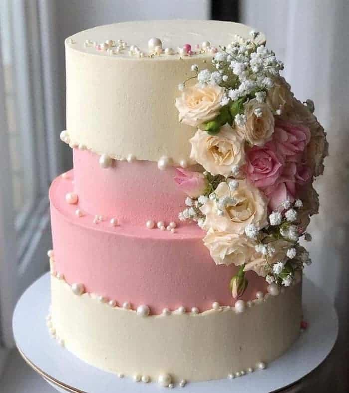 bolos com flores de casamento
