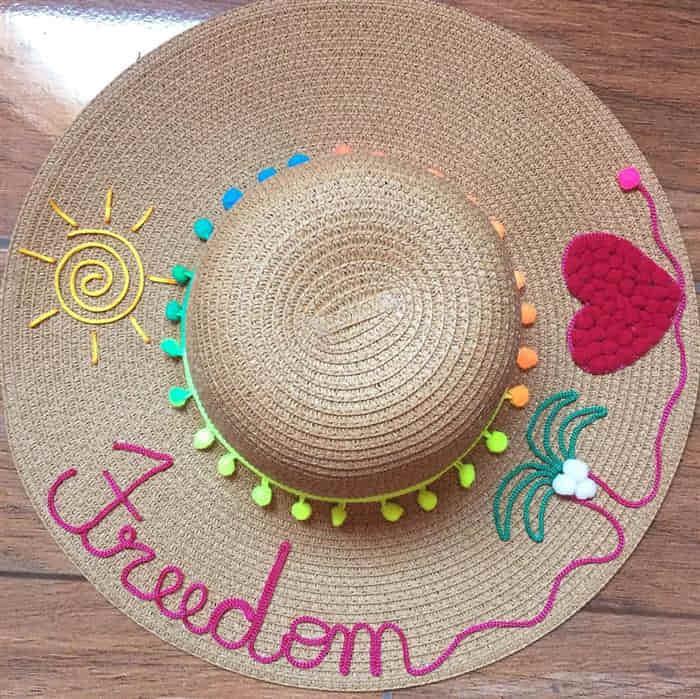 Read more about the article Como fazer chapéu com nome bordado