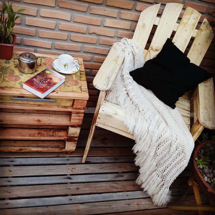 cadeira de pallet de madeira
